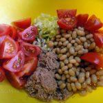 Рыбный салат из тунца (консервы) - прстой рецепт с фото