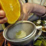 Как отделить косточки апельсина от сока - стечко