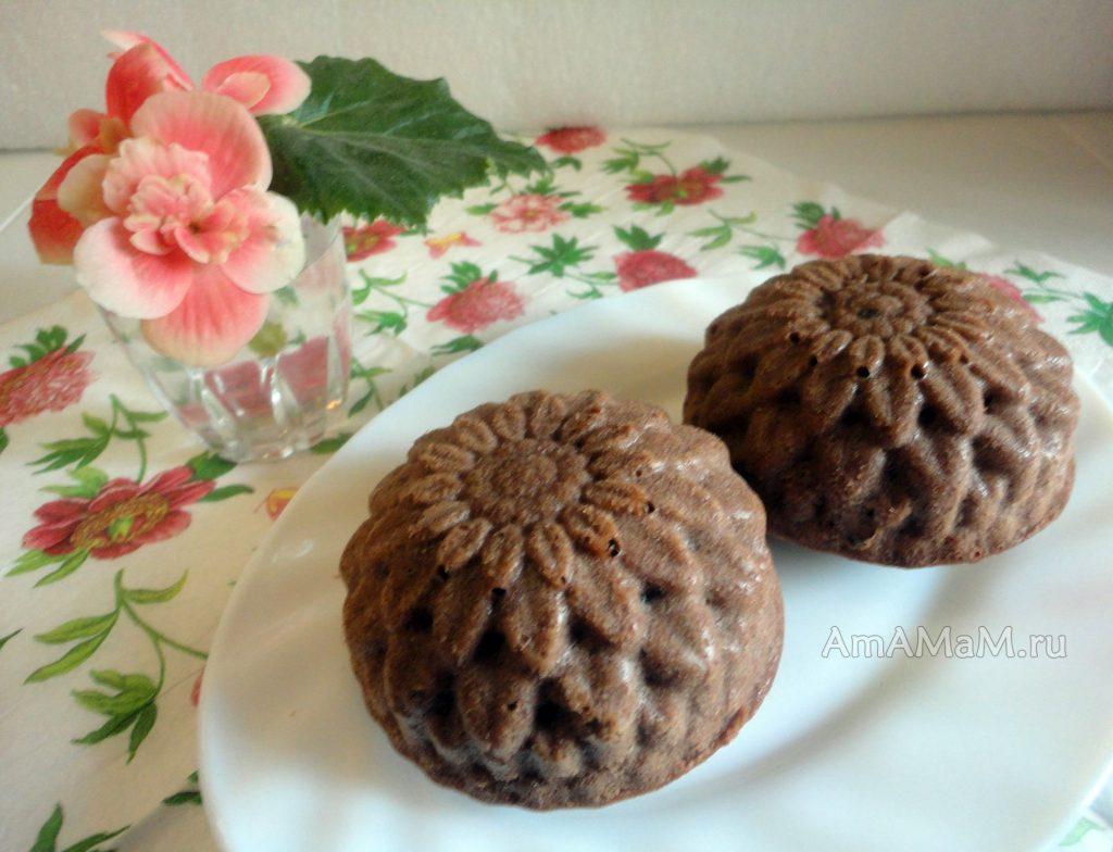 Как делают шоколадные кексы с мягкой начинкой - рецепт