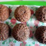Рецепт кексов в формочках - шоколадные с шоколадной начинкой