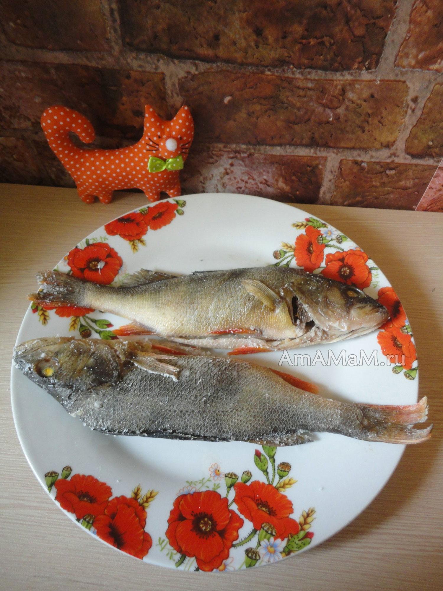 рецепт рыбы в духовке под солью