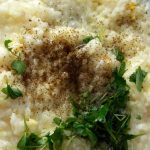 Рис с чесноком и яйцом