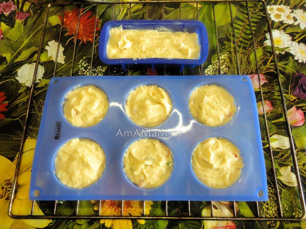 Формочки для кексов с тестом
