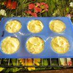 Тесто на кексы в силиконовых формочках