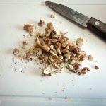 Фото нарубленных грекцих орехов