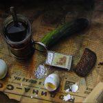 Яйца, огурец, соль, хлеб, чай - перекус командировочного