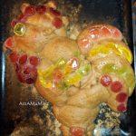 Петух (пирог) украшен мармеладом