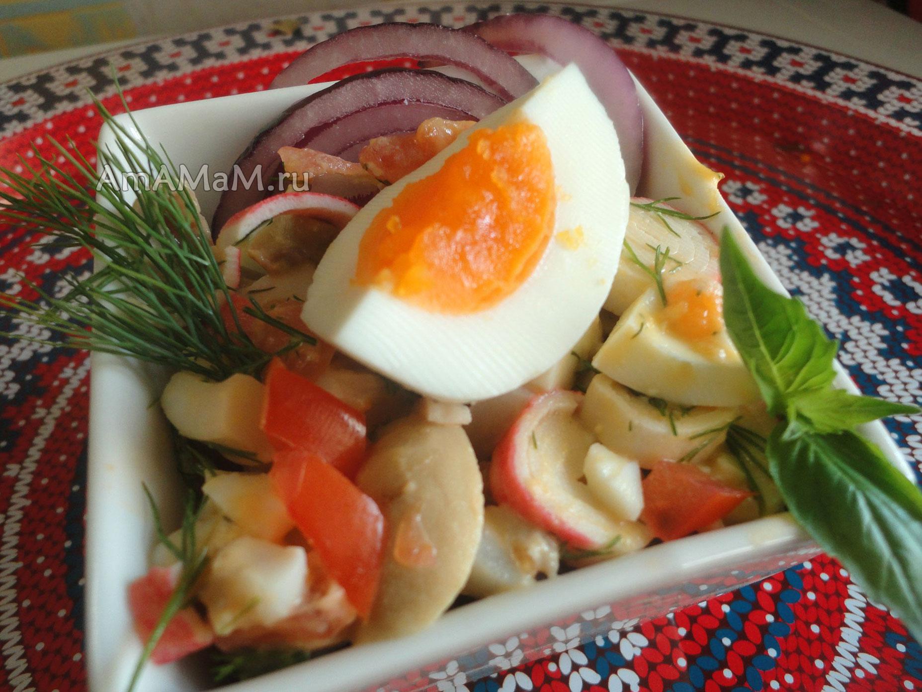 Кальмары в салатах - простые рецепты