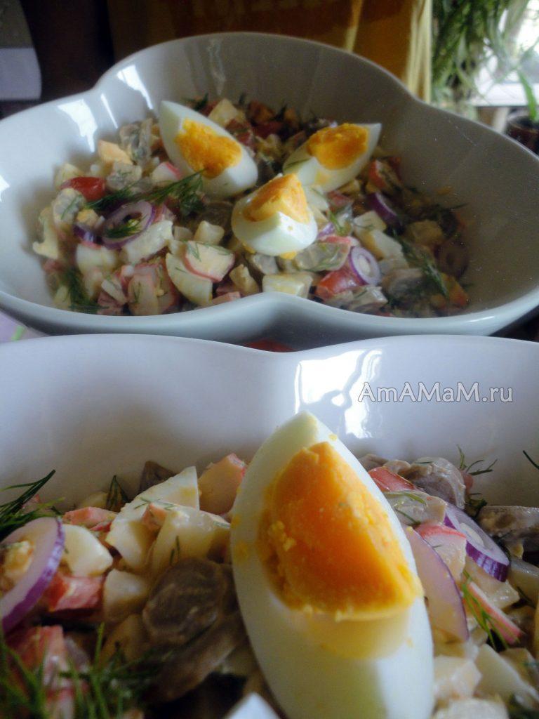 Вкусные салаты для праздника с кальмарами