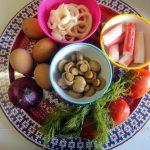 Из чего сделать салат с кальмарами - рецепт с фото приготовления