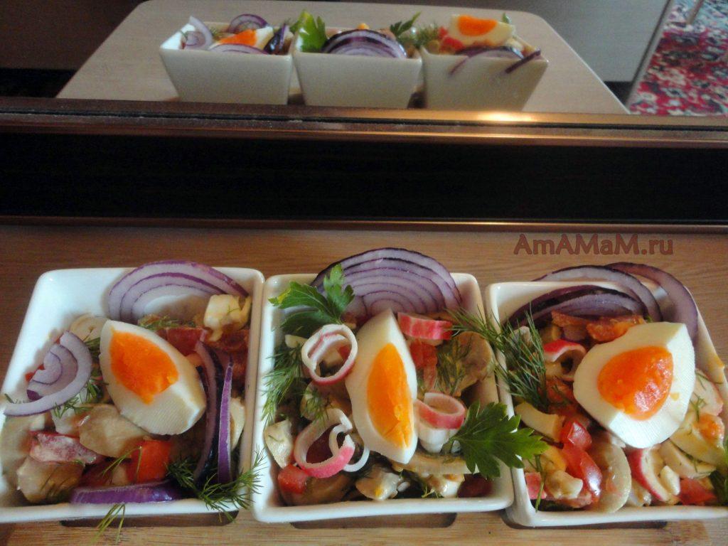 Рецепт вкусного салата для праздника с кальмарами