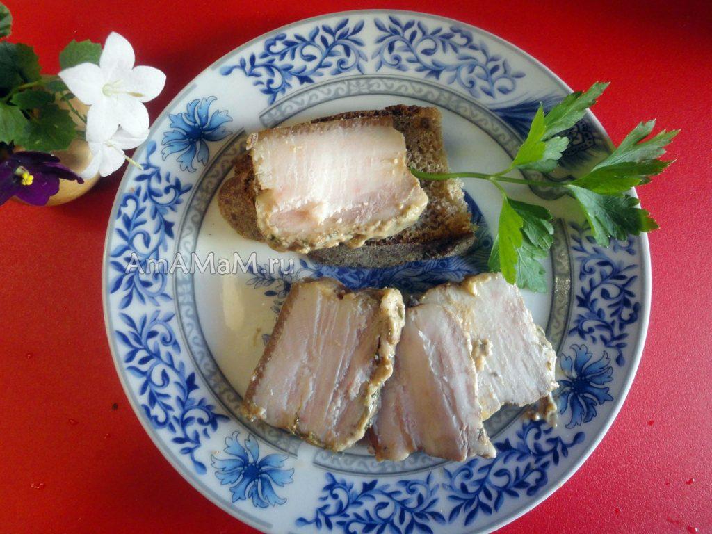 Грудинка в духовке - простой рецепт домашнего сала