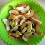 Как делают начинку для пирога из яблок, тыквы и изюма