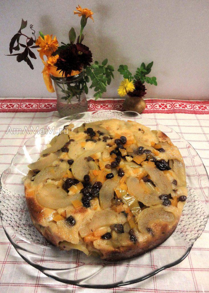 Тыквенно-яблочный пирог с изюмом - простой рецепт