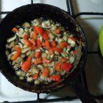 Китайская стеклянная лапша с грибами и перцем - рецепт приготовления