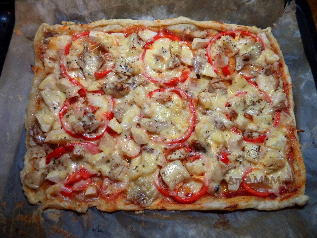 Пицца с курицей - фото и рецепт на покупном тесте