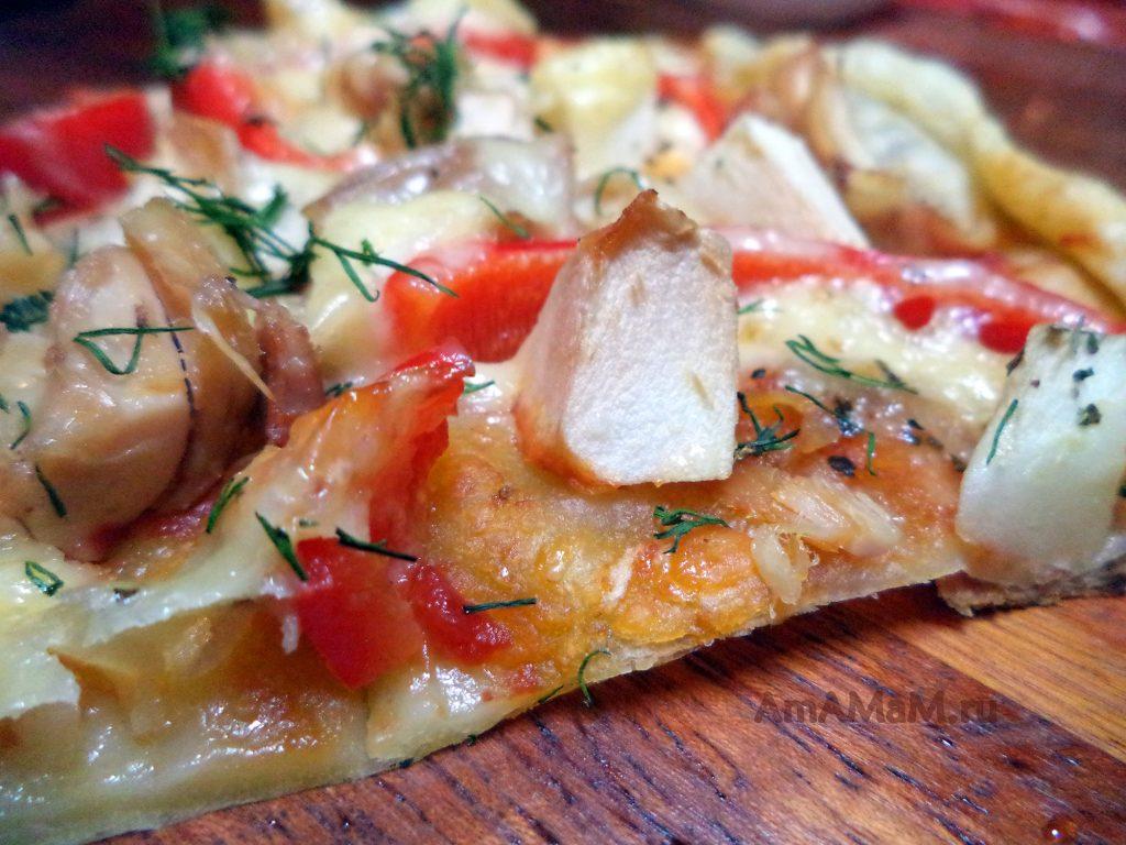 Рецепт домашней пиццы на покупном слоеном тесте с курицей