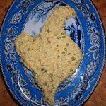 Салаты из рыбных консервово - что положить, как красиво украсить - фото и рецепт