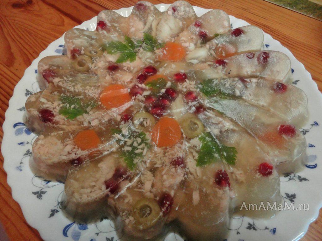 Заливное с красной и белой рыбой и зернами граната - рецепт с подробными фото