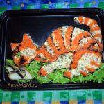Рыбный салат со шпротами в виде кота
