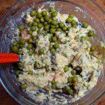 Рецепт салата Котик ест рыбу