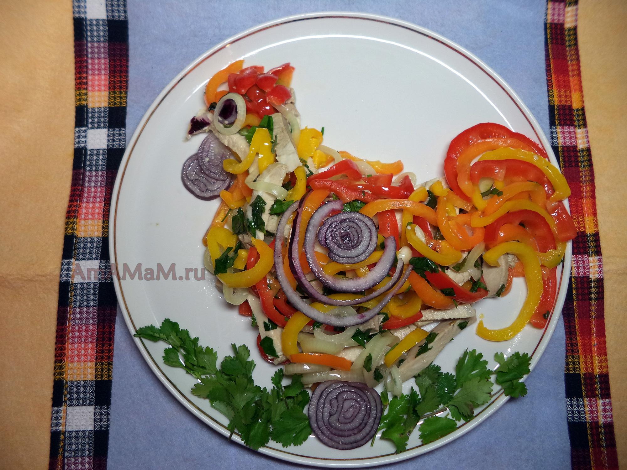 простые рецепты салата из красных помидор