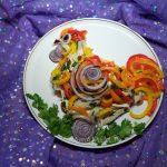 Петущок - мясной салат с перцем и луком