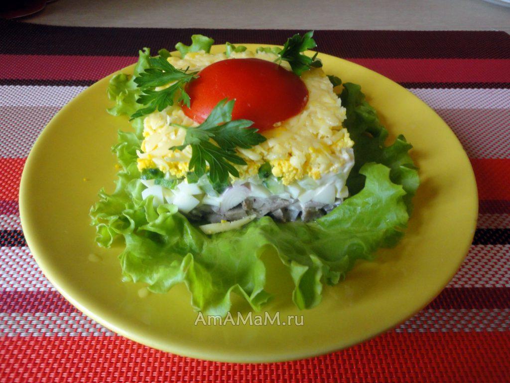 Рецепт салата с языком, яйцами и сыром