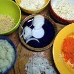 Как накрезпать и натереть продукты для салата из шпрот - фото
