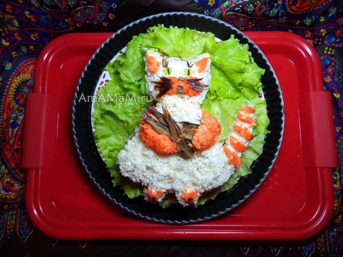 Рецепты слоеных салатов с фотографиями со скумбрией