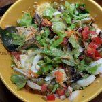Приготовление салата из шпрот - рецепт и фото