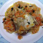 Минтай тушеный с булгуром (или пшеничной крупой) и морковью