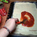 Рецепты домашней пиццы - чем смазывают тесто