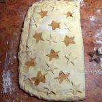Расстойка пирога из постного теста с вареньем