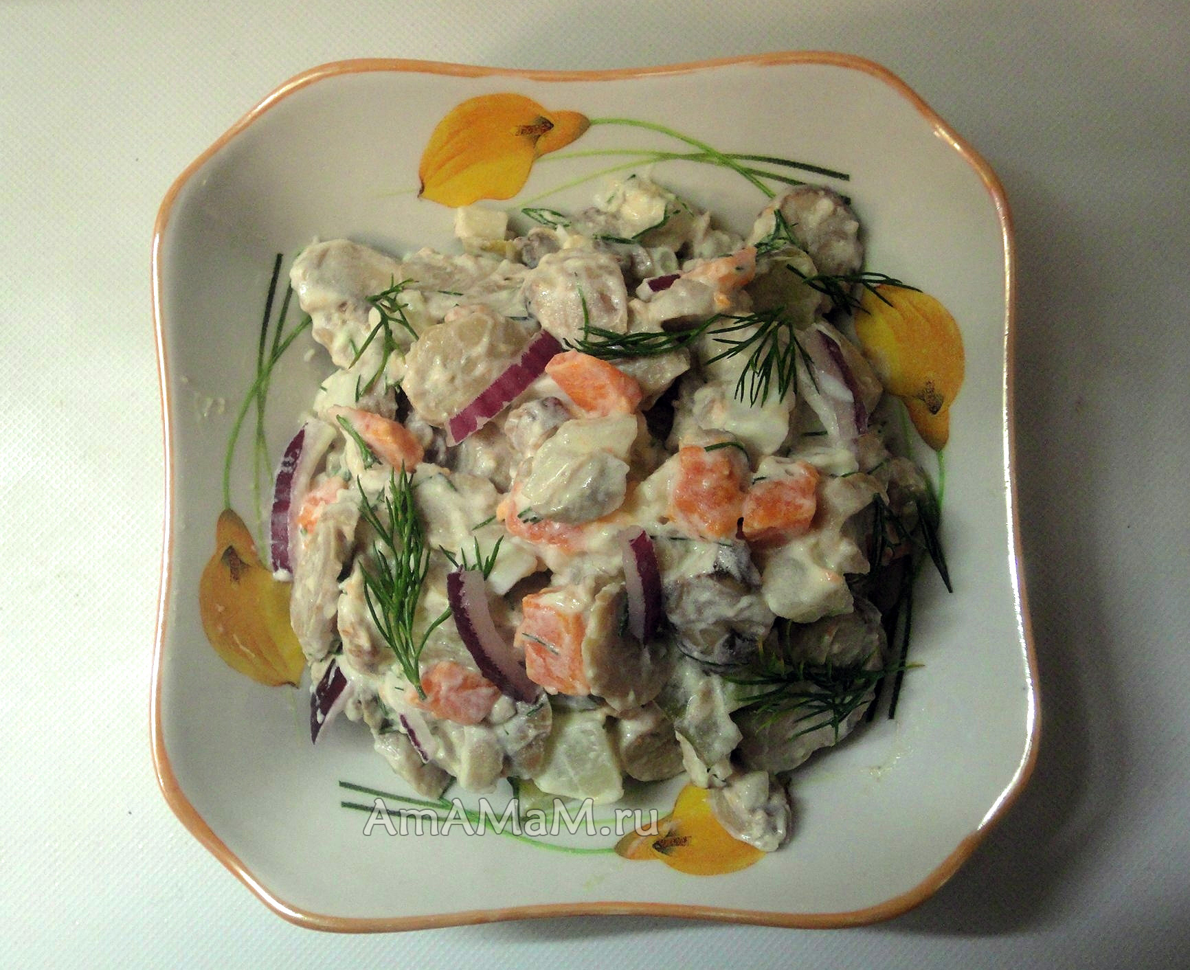 Салат с грибами консервированными рецепт