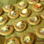 Сушки с фаршем и сыром - рецепт и фото
