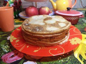 Блины с яблоком - рецепт на воде