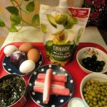 Что приготовить с морской капустой и крабовыми палочками - рецепт и фото салата