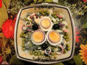 Салат из крабовых палочек с морской капустой - очень вкусно