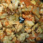 Картофельная начинка с салом и куриной грудкой