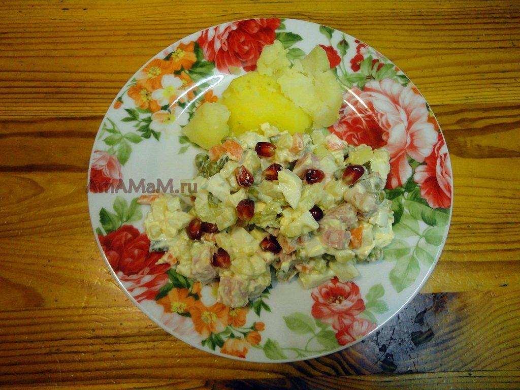 Приготовление вкусного Оливье - традиционный рецепт салата