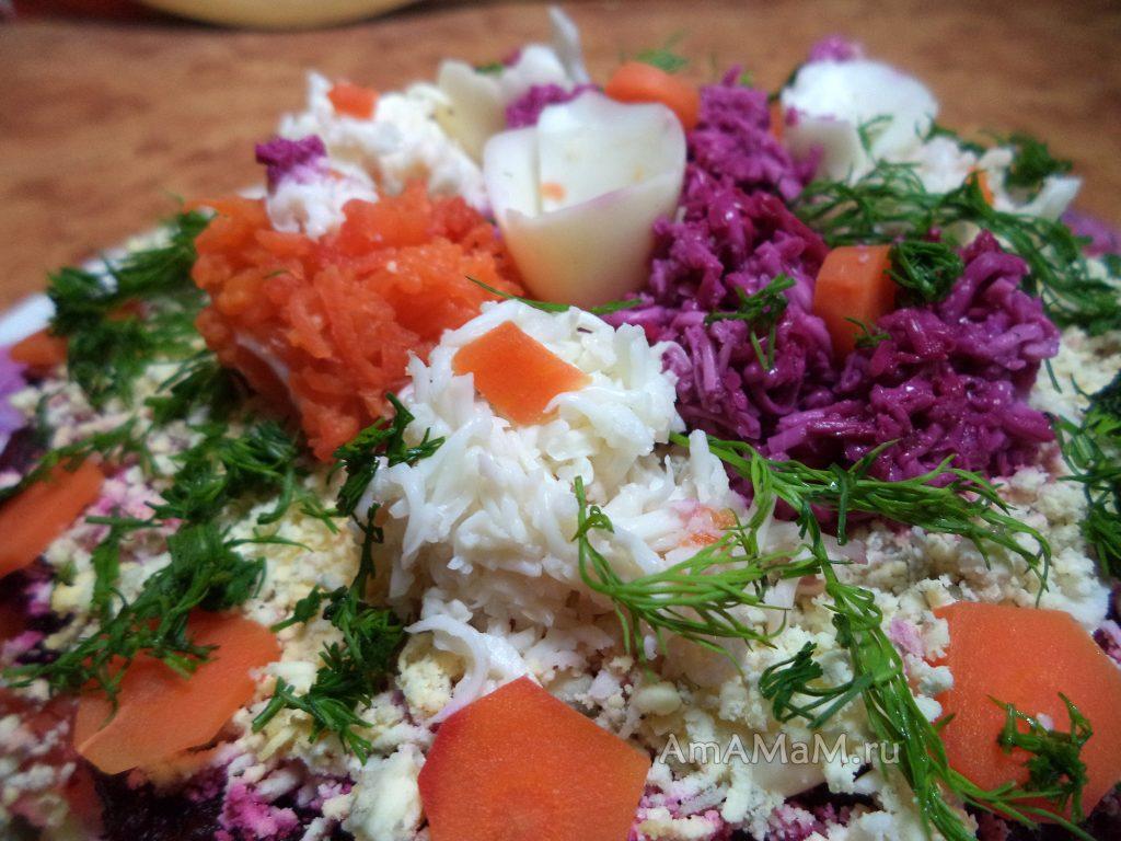 Оформление салата селедка под шубой