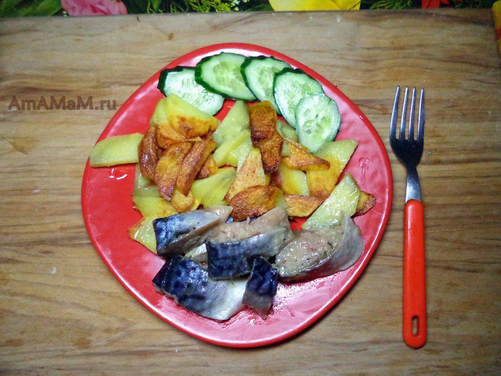 С чем подавать скумбрию - рецепт обеда или ужина с картошкой и овощами, вкусно и просто
