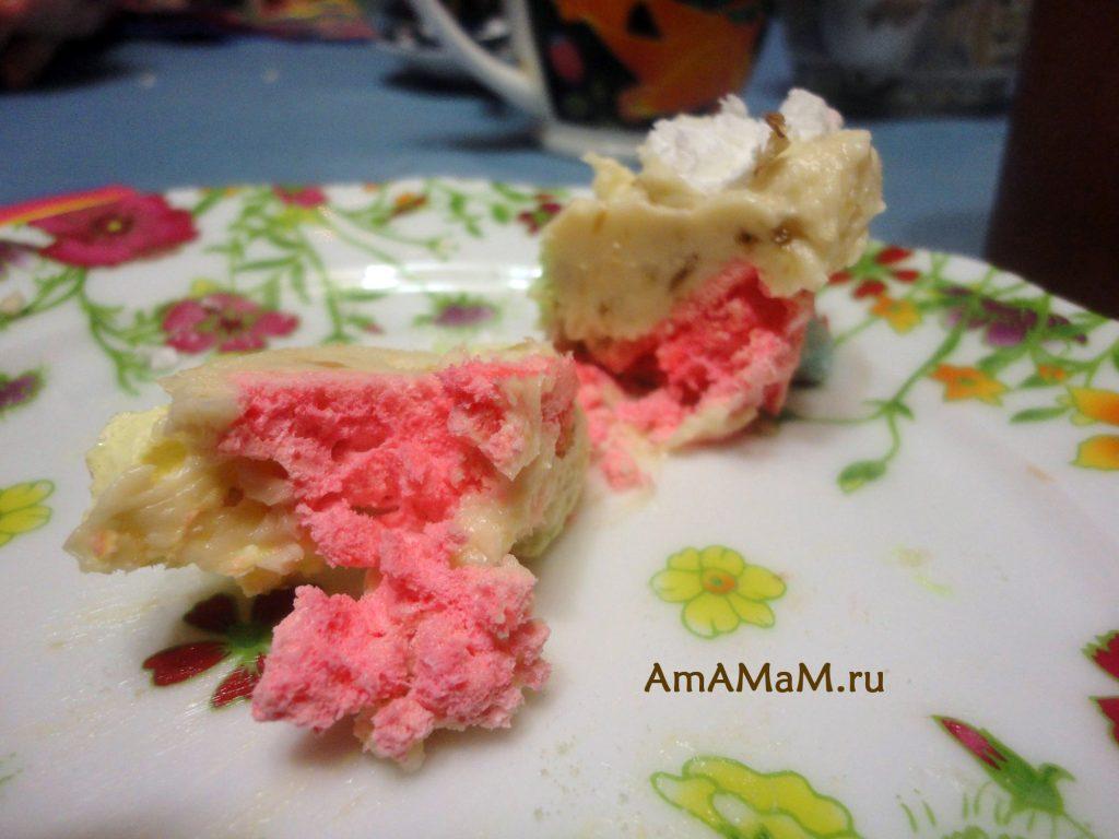 Торт Графские развалины из безе на изломе