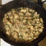 Блины с куриной начинкой - рецепт приготовления