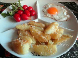 Как подать картошку с кунжутом - вариант без мяса