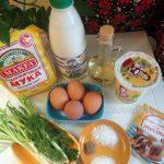 Из чего пекут оладьи с вареным яйцом, зеленым луком и укропом