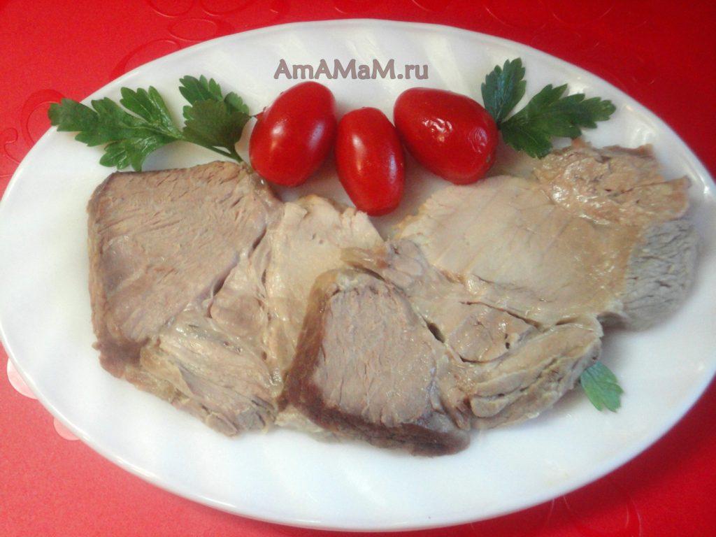 Вареная домашняя буженина из свиной шейки - фото и рецепт