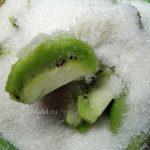 Ка варят варенье из киви - киви в сахаре