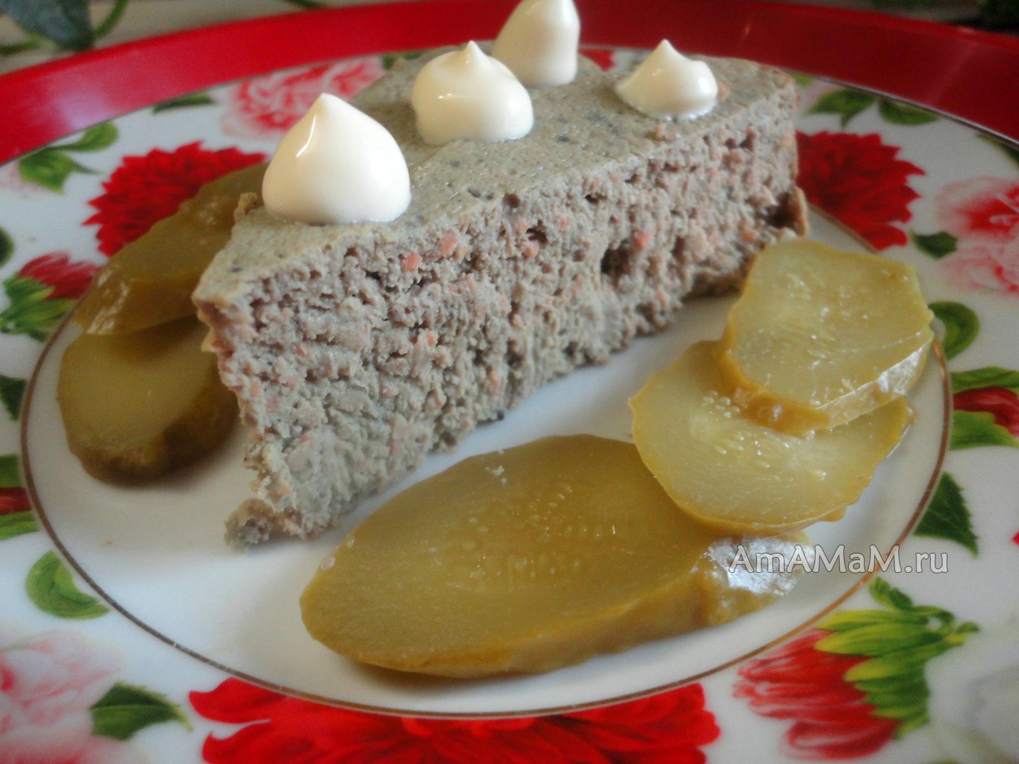 Вкусное суфле из куриной печенки, похожее на паштет